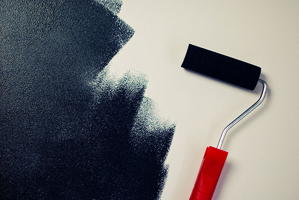 painting black paint roller 600x402